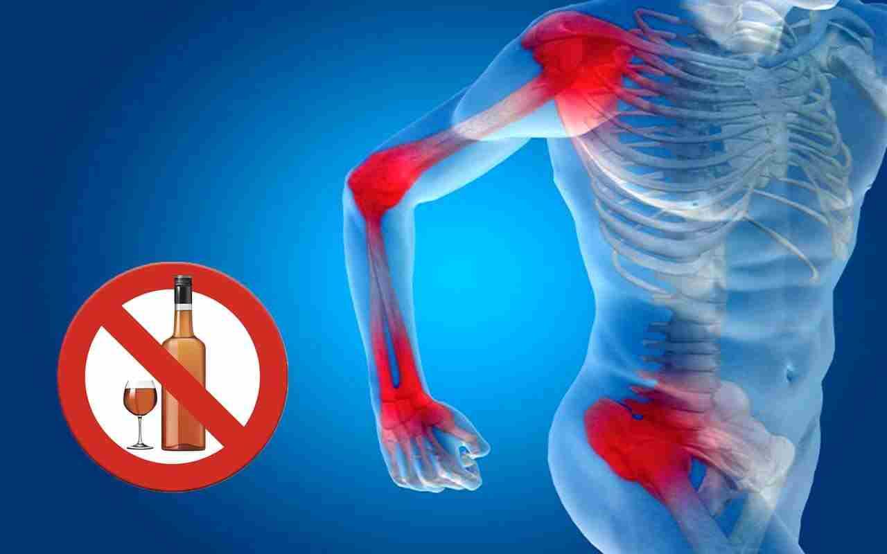 https://mewarhospitals.com/wp-content/uploads/2021/07/alcohol-affect-bones.jpg
